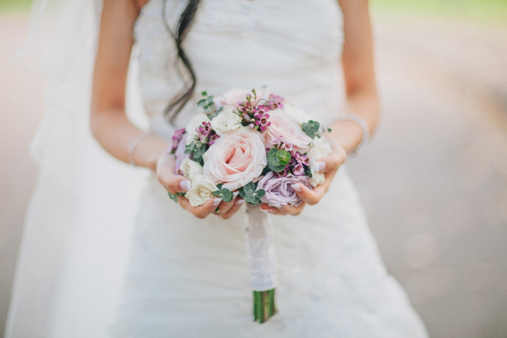 nicholas-lau-nicholau-weddings-london-film-photography-beautiful-pretty-blog-first-wedding-love-cute-white-dress-chinese-asian-flowers-bouquet