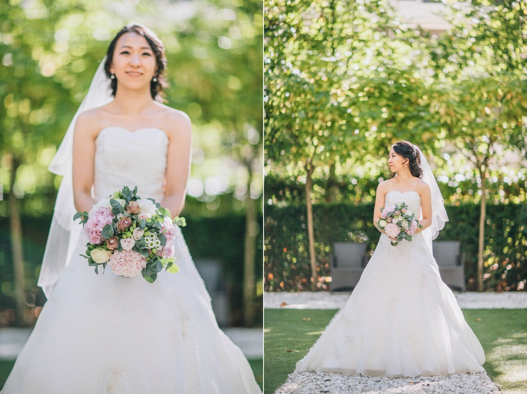 nicholas-lau-nicholau-weddings-london-film-photography-beautiful-pretty-blog-first-wedding-love-cute-white-dress-chinese-asian-toss-the-bouquet-catch-flowers-bride