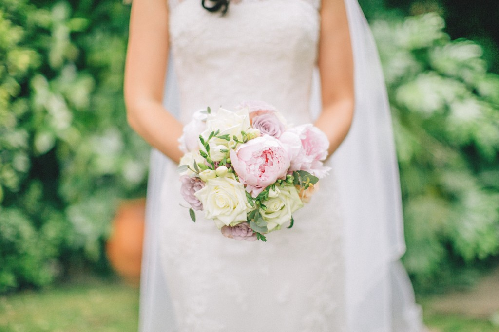 nicholas-lau-nicholau-weddings-london-film-photography-beautiful-pretty-blog-first-wedding-love-cute-white-dress-chinese-asian-indian-interracial-pink-roses-bouquet-2