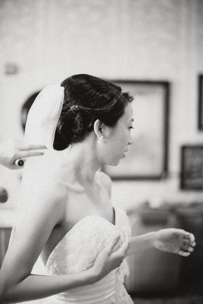 nicholas-lau-nicholau-weddings-london-film-photography-beautiful-pretty-blog-first-wedding-love-cute-white-dress-chinese-korean-asian-black-and-white-did-i-forget-something