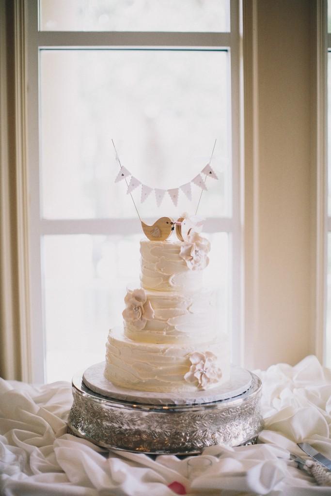 nicholas-lau-nicholau-weddings-london-film-photography-beautiful-pretty-blog-florida-wedding-love-cute-white-dress-chinese-korean-asian-cake-window-three-tiers-bird-on-it