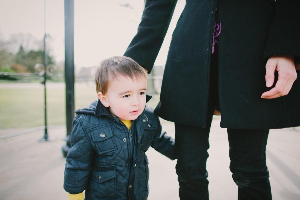 nicholas-lau-nicholau-family-portraits-london-film-photography-chinese-asian-interracial-white-moroccan-half-mixed-baby-engagement-purple-cheongsam-regents-park-man-freckles-baby-toddler-winter-coat