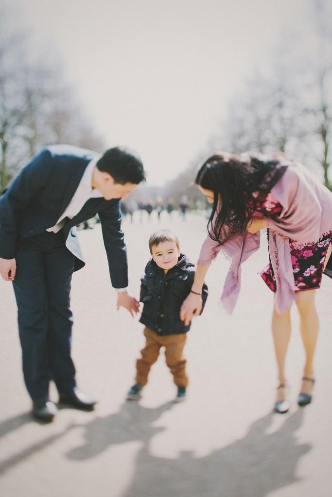 nicholas-lau-nicholau-family-portraits-london-film-photography-fine-chinese-asian-interracial-white-moroccan-half-mixed-baby-engagement-purple-cheongsam-regents-park-man-freckles-proud-parents