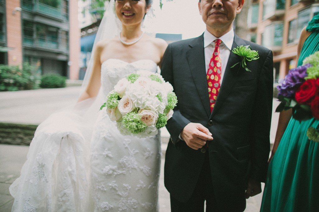 nicholau-nicholas-lau-interracial-wedding-father-of-bride-and-bride-bouquet
