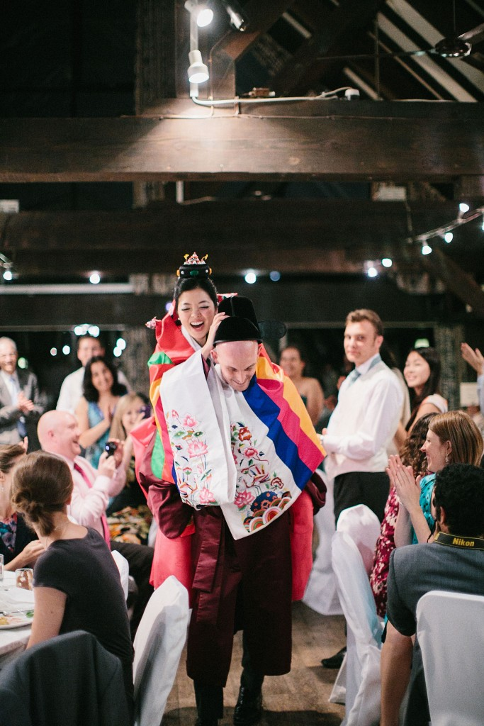 nicholau-nicholas-lau-interracial-wedding-hanbok-pyebaek-paebaek-korean-white-piggy-back-ride-bride-groom