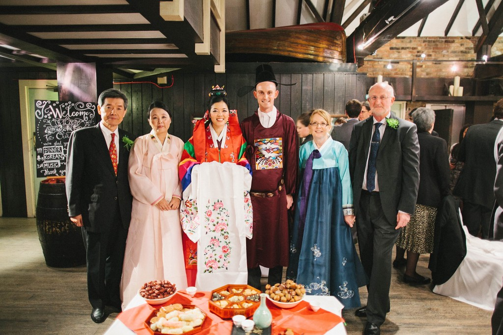 nicholau-nicholas-lau-interracial-wedding-korean-white-tea-ceremony-traditional-clothes-hanbok