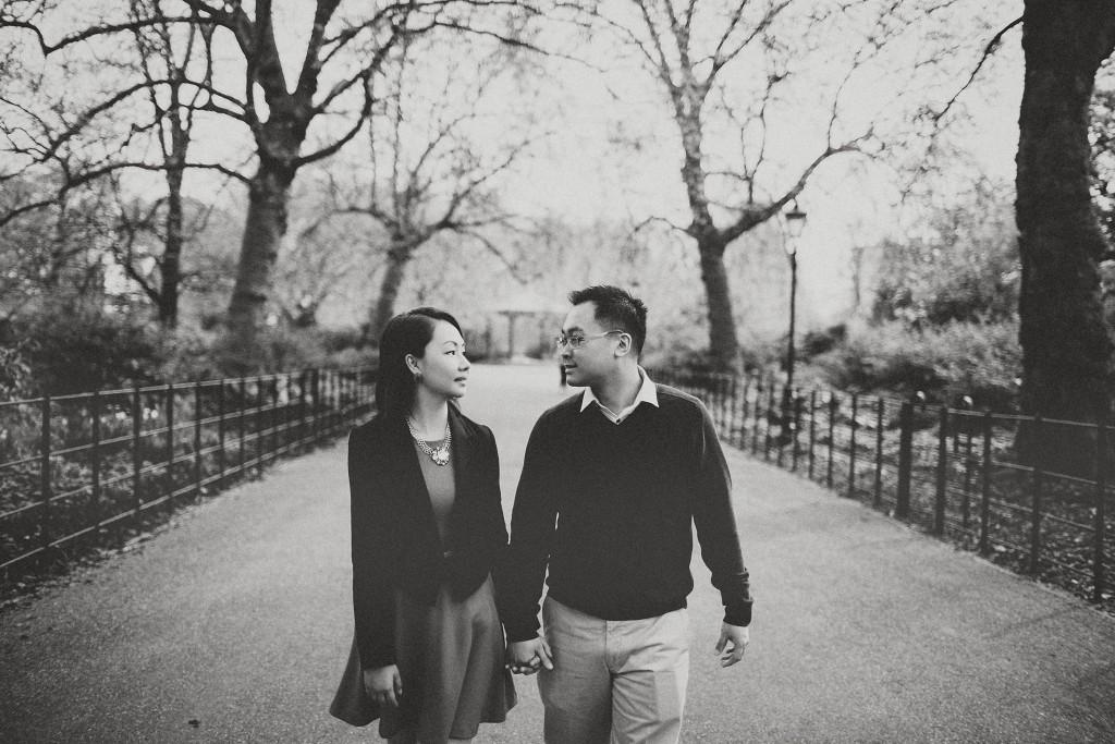 nicholas-lau-nicholau-engagement-spring-photography-peony-and-mockingbird-chinese-couple-battersea-park-westminster-something-blue-black-white-path-tree-lined