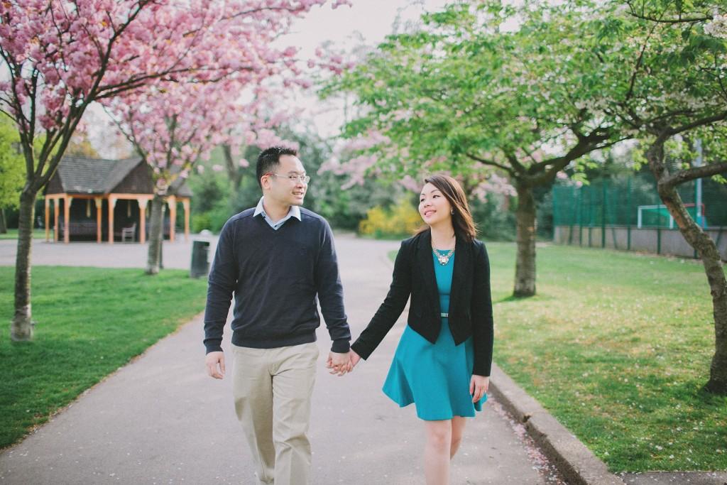 nicholas-lau-nicholau-engagement-spring-photography-peony-and-mockingbird-chinese-couple-battersea-park-westminster-something-blue-garden-stroll