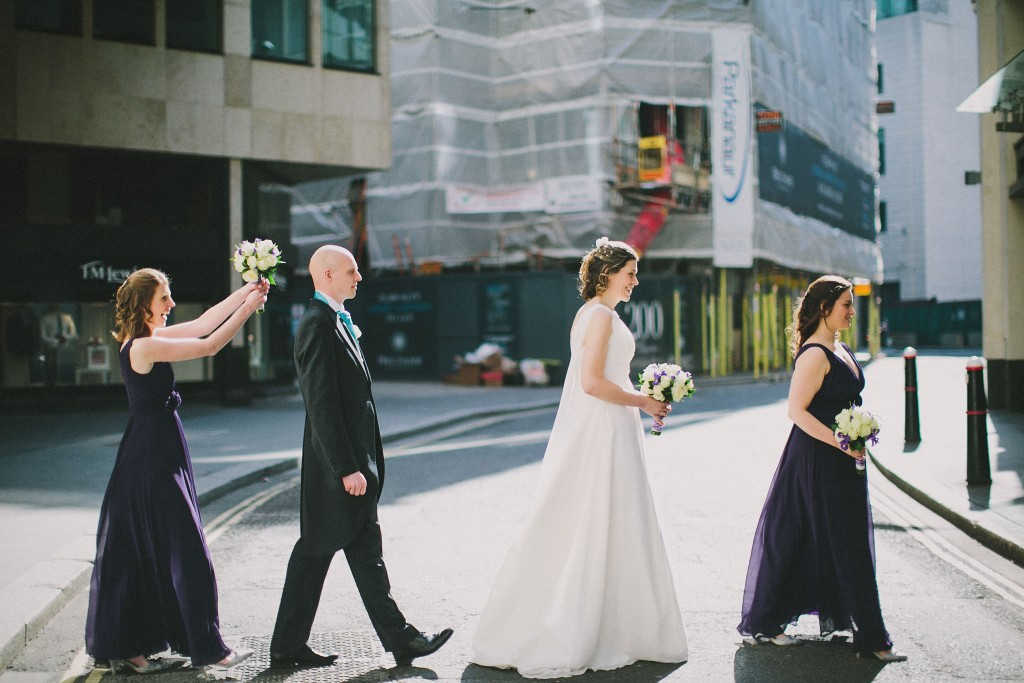 nicholas-lau-nicholau-london-weddings-fine-art-photography-leadenhall-market-st-helens-church-documentary-style-bouquet-attack-groom-hens-crossing-the-street-beatles-abbey-road
