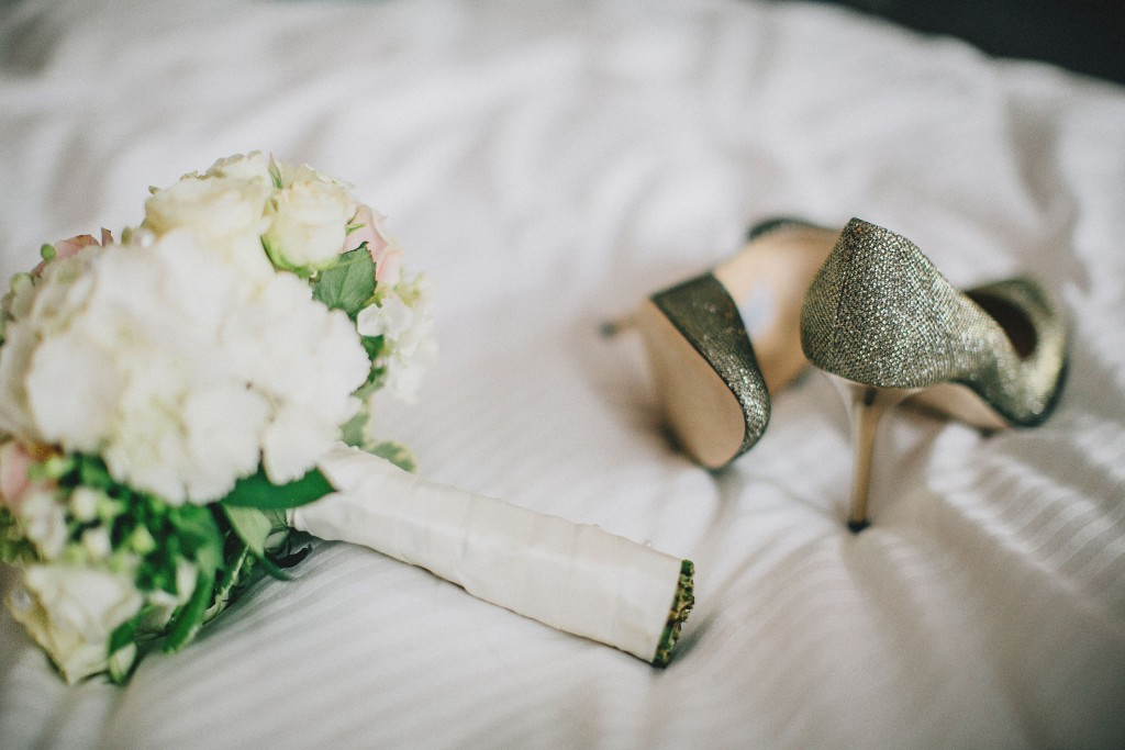 Nicholau-nicholas-lau-photography-london-uk-wedding-fine-art-film-nigerian-black-african-traditional-heels-bouquet-white-ribbon-roses-white-rose