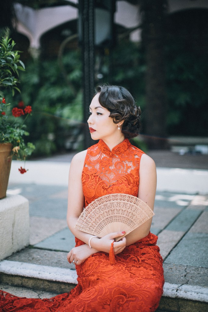 nicholau-nicholas-lau-wedding-fine-art-photography-london-chinese-asian-kensington-roof-top-gardens-red-tea-ceremony-lace-dress-bamboo-fan-cheungsam-red