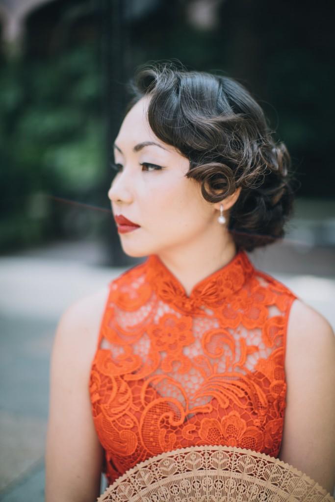 nicholau-nicholas-lau-wedding-fine-art-photography-london-chinese-asian-qi-pao-lace-red-lips-fan-finger-wave-hair-kensington-roof-top-gardens-b