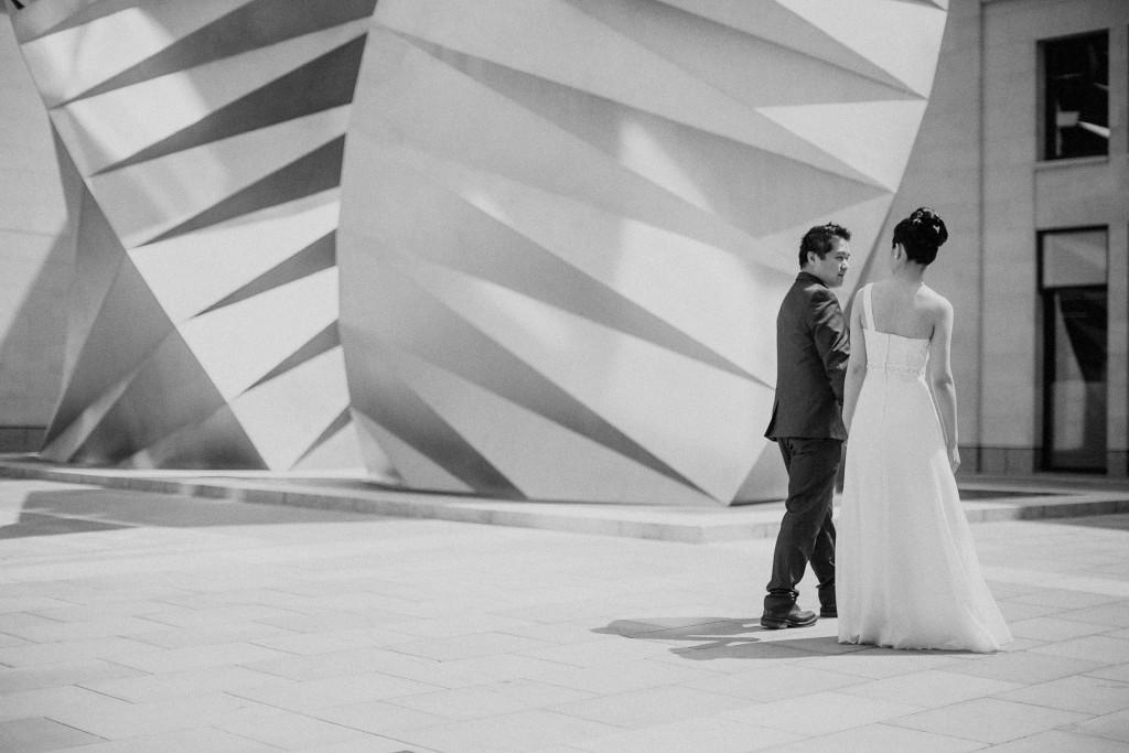 nicholas-lau-nicholau-chinese-london-uk-film-fine-art-photography-engagement-couple-pre-wedding-portra-160-400-800-fuji-contax-645-bank-side-love-black-white-street-dance