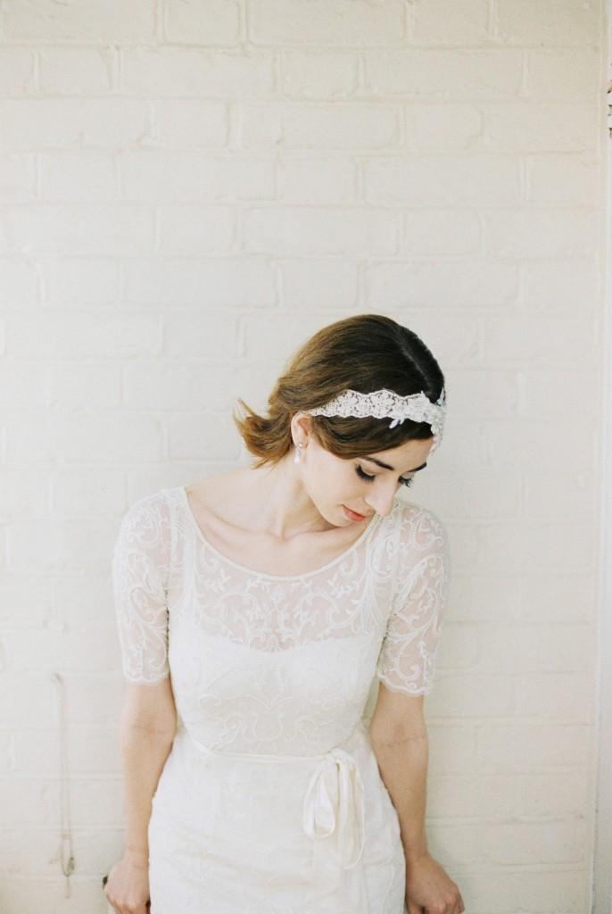 Nicholas-lau-photo-photography-nicholau-film-fine-art-fuji-400h-400-contax-645-ukfilm-lab-monsoon-wedding-dress-shoot-bridal-hair-accessories-pearls-the-pearl-earrings-wall