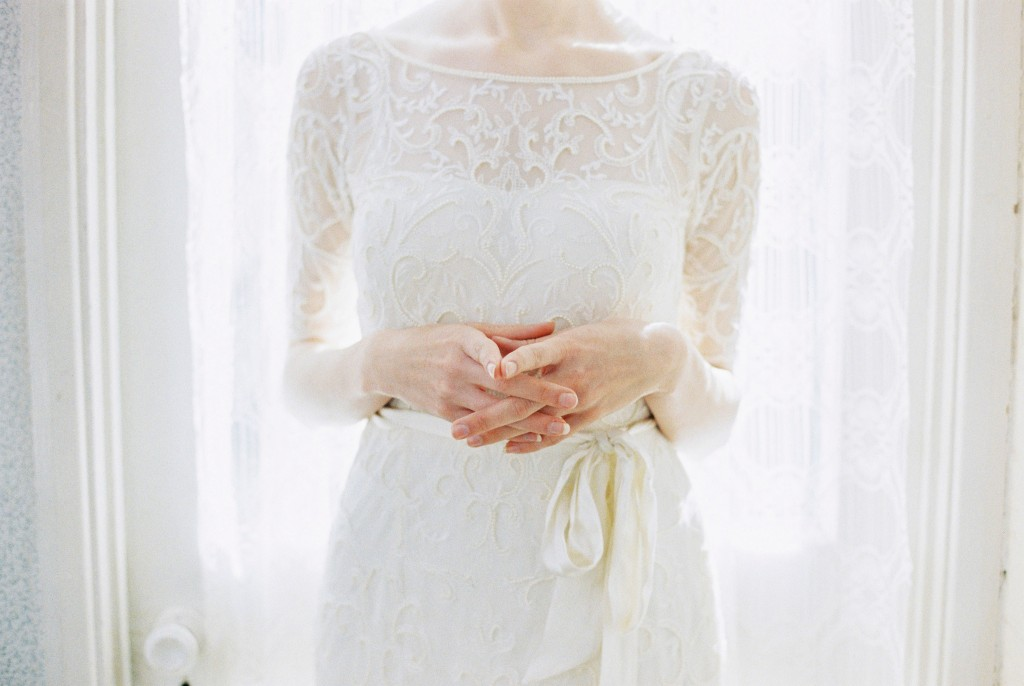 Nicholas-lau-photo-photography-nicholau-film-fine-art-fuji-400h-400-contax-645-ukfilm-lab-monsoon-wedding-dress-shoot-bridal-head-hair-accessories-pearls-the-pearl-earring-gown-beading-details