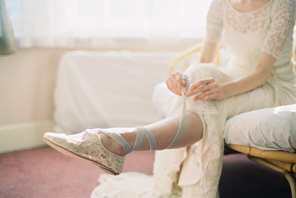 Nicholas-lau-photo-photography-nicholau-film-fine-art-fuji-400h-400-contax-645-ukfilm-lab-monsoon-wedding-dress-shoot-bridal-head-hair-accessories-pearls-the-pearl-earring-lacing-up-ballet-flat