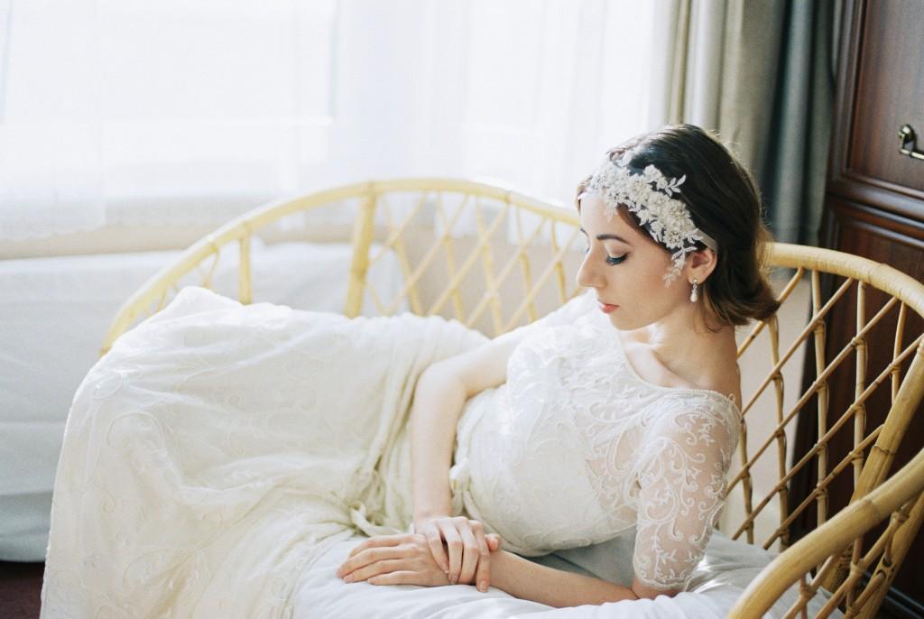 Nicholas-lau-photo-photography-nicholau-film-fine-art-fuji-400h-400-contax-645-ukfilm-lab-monsoon-wedding-dress-shoot-bridal-the-pearl-earring-elegant-laying-profile-chaise