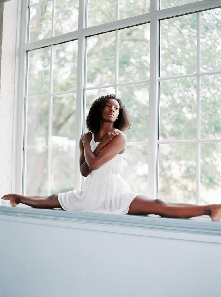 nicholas-lau-photo-photography-uk-black-african-american-ballerina-london-royal-ballet-flats-dancer-dancing-contax-645-fuji-400h-eos3-160ns-film-fine-art-splits-window