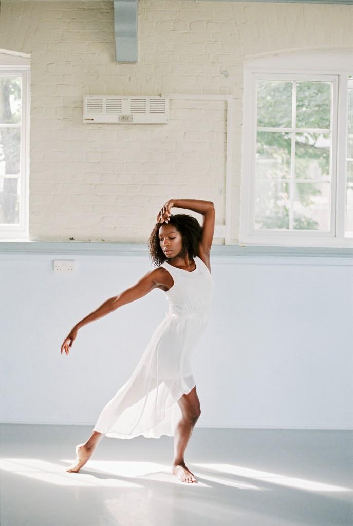nicholas-lau-photo-photography-uk-black-african-american-ballerina-london-royal-ballet-flats-dancer-dancing-contax-645-fuji-400h-eos3-160ns-film-fine-art-strike-a-pose