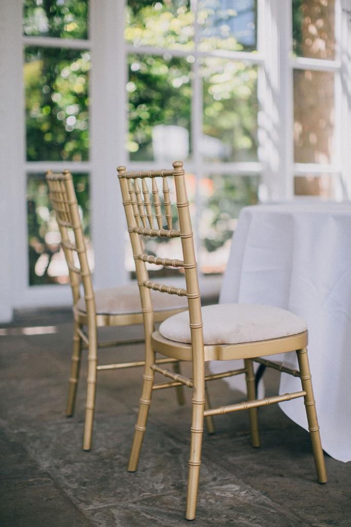 nicholas-lau-photo-photography-wedding-uk-london-holland-park-gardens-orangery-the-chinese-couple-summer-beautiful-photographer-chairs-windows-gold-ceremony-venue