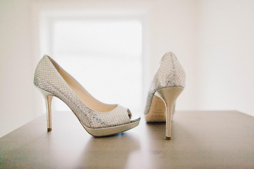 nicholas-lau-photo-photography-wedding-uk-london-holland-park-gardens-orangery-the-chinese-couple-summer-beautiful-photographer-jimmy-choo-shoes-heels-brides