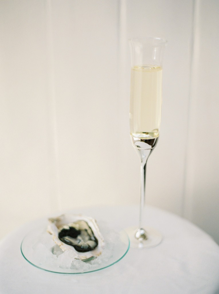 nicholas-lau-photo-photography-oyster-oysters-fruit-de-mer-seafood-lifestyle-film-fuji-contax-645-billingsgate-london-market-maldon-champagne-glass-flute-ice-garlic-cavier-delicious
