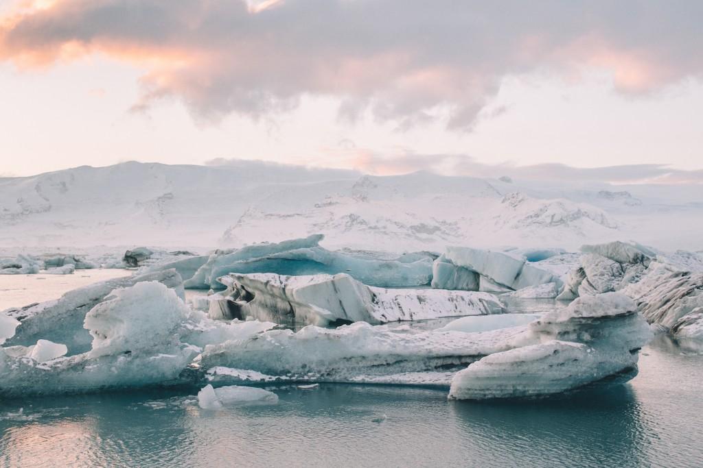 iceland-november-winter-snow-film-photography-looks-like-nicholas-lau-photo-portraits-travel-porn-wanderlust-16