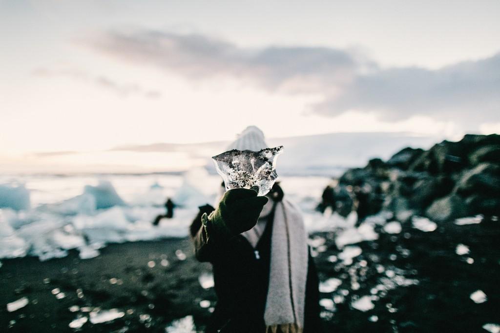 iceland-november-winter-snow-film-photography-looks-like-nicholas-lau-photo-portraits-travel-porn-wanderlust-19