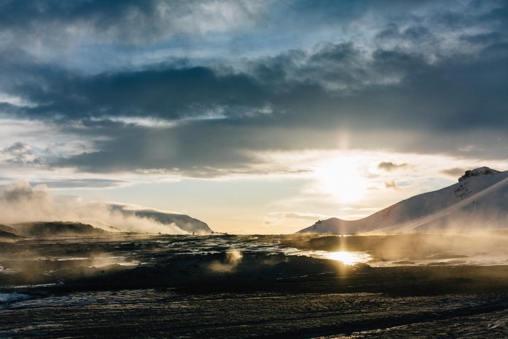 iceland-november-winter-snow-film-photography-looks-like-nicholas-lau-photo-portraits-travel-porn-wanderlust-24