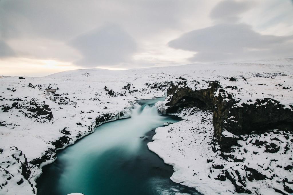 iceland-november-winter-snow-film-photography-looks-like-nicholas-lau-photo-portraits-travel-porn-wanderlust-27