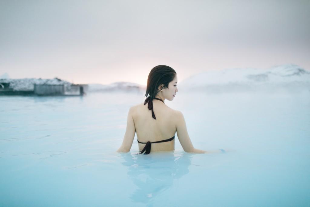 iceland-november-winter-snow-film-photography-looks-like-nicholas-lau-photo-portraits-travel-porn-wanderlust-3